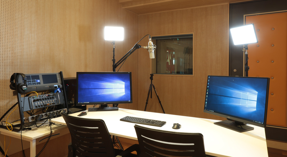 ATEM 1 M/E Production Studio 4K、ATEM Mini Pro、Smart Videohub 40x40、HyperDeck Studio Mini、SmartView Duo、SmartView 4K、DeckLink SDI 4K、Teranex Mini以及Blackmagic Design